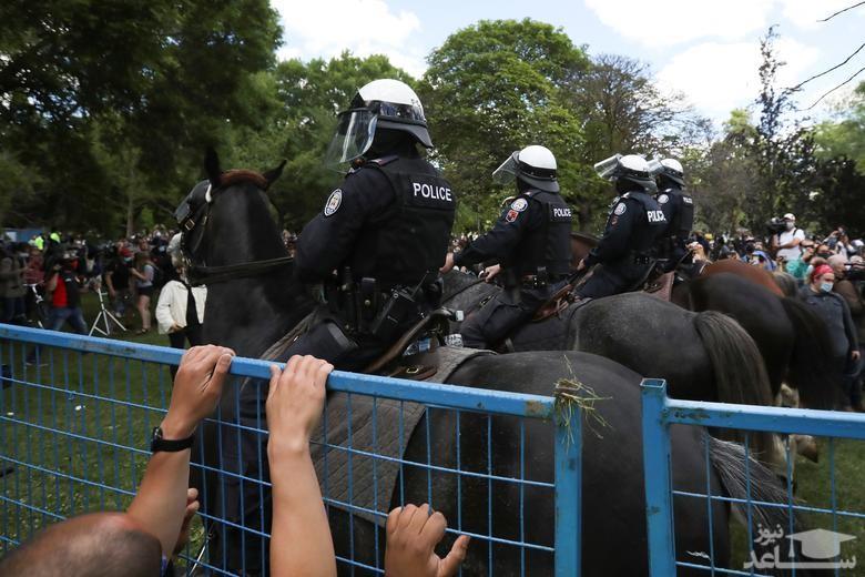 تنش و درگیری بین بی خانمان ها و پلیس شهر تورنتو