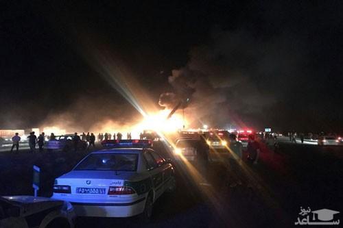 تصادف مرگبار تانکر سوخت با اتوبوس تهران به کرمان در جاده نطنز
