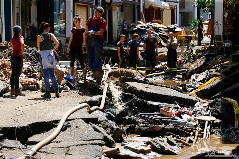 ویرانی های ناشی از سیل در غرب آلمان