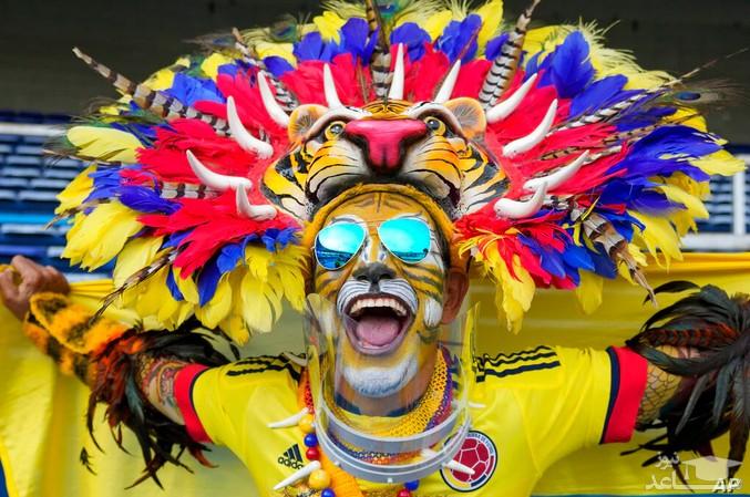 یک طرفدار تیم ملی فوتبال کلمبیا