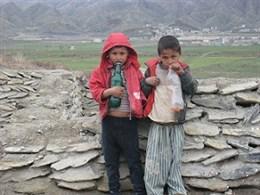پدیده عجیب در خراسان شمالی؛ کودکانِ بنزین خور!