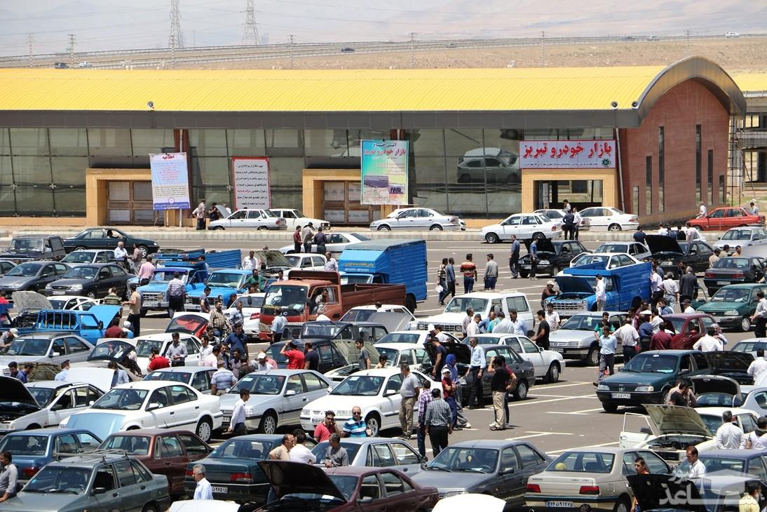 اعلام میزان کاهش قیمت انواع خودرو/ پراید ٩ میلیون تومان عقب نشست