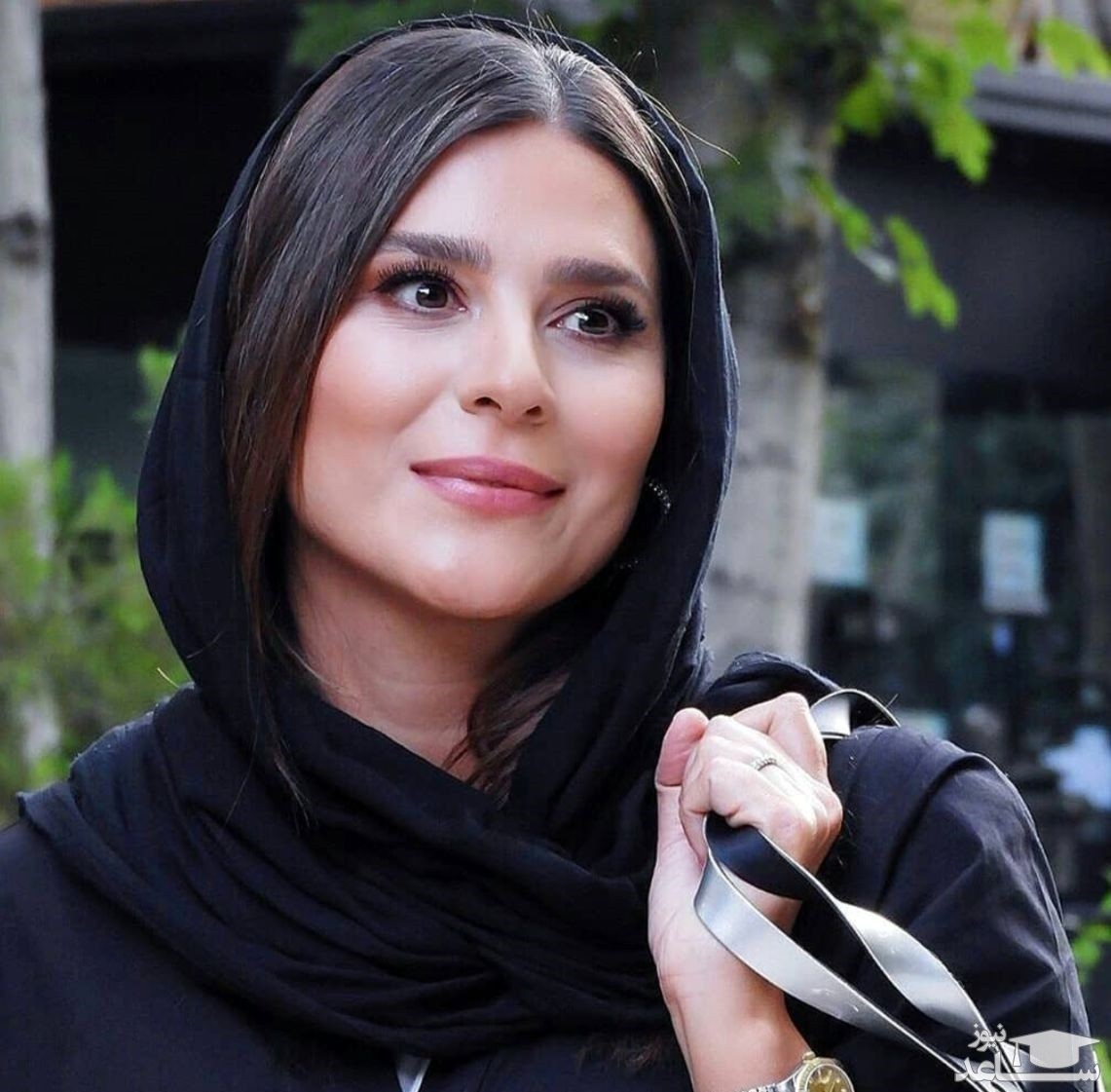 تیپ لاکچری سحر دولتشاهی در کنار پدر دختر بازیگر