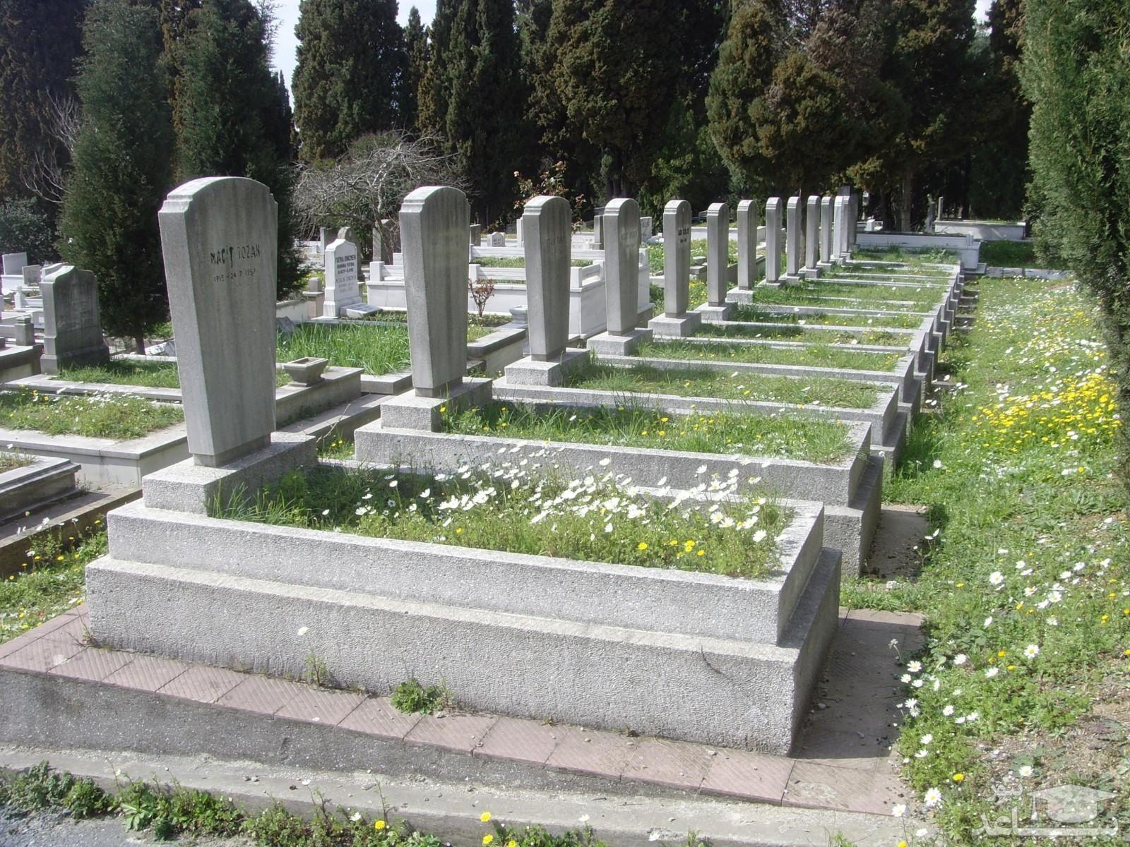 تصویر تامل برانگیز قبر کودک ۳ساله خبرساز شد!