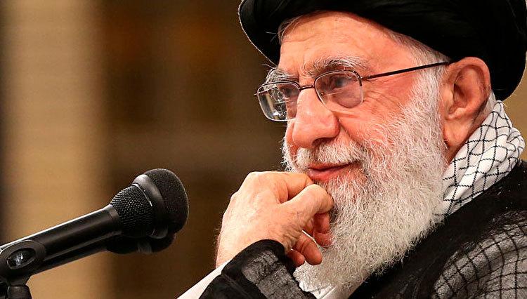 رهبر انقلاب: کارهای چند روز اخیر مردمی نبود/ دشمن را عقب زدیم