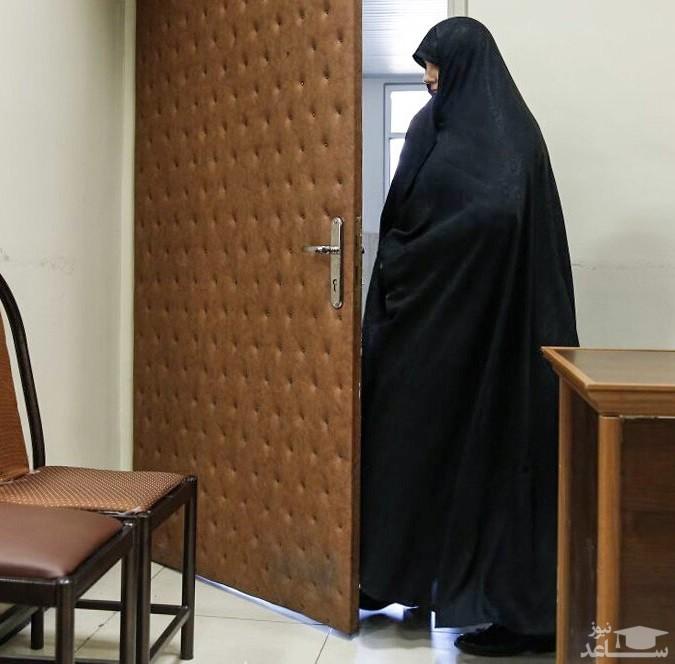 ماجرای حضور شبنم نعمتزاده با چادر در دادگاه