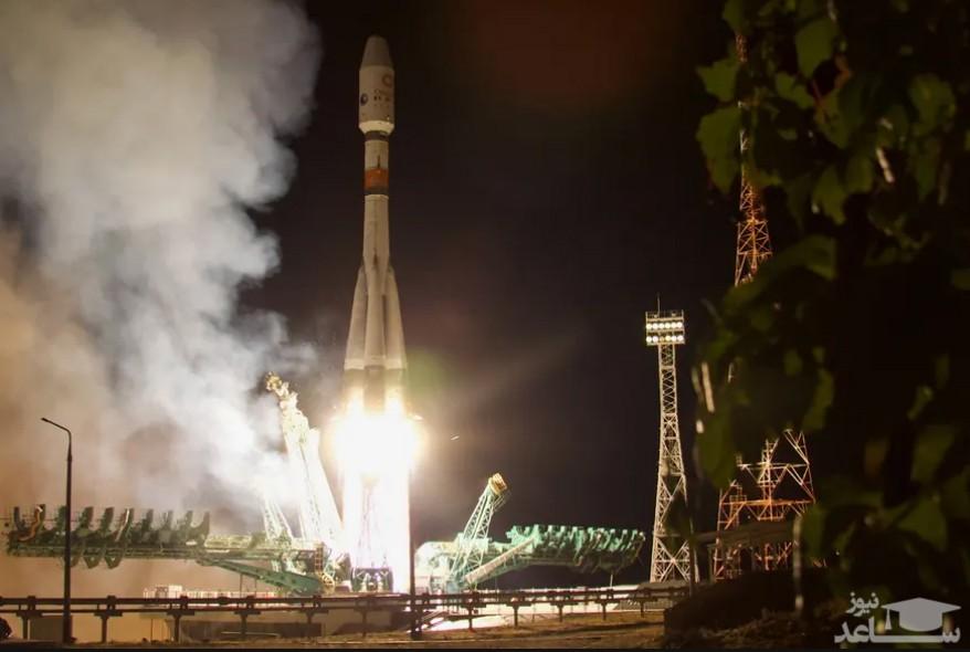 ارسال راکت فضایی سایوز روسی از پایگاه فضایی بایکونور قزاقستان با ماموریت ارتقای سرعت اینترنت جهانی/ ایتارتاس