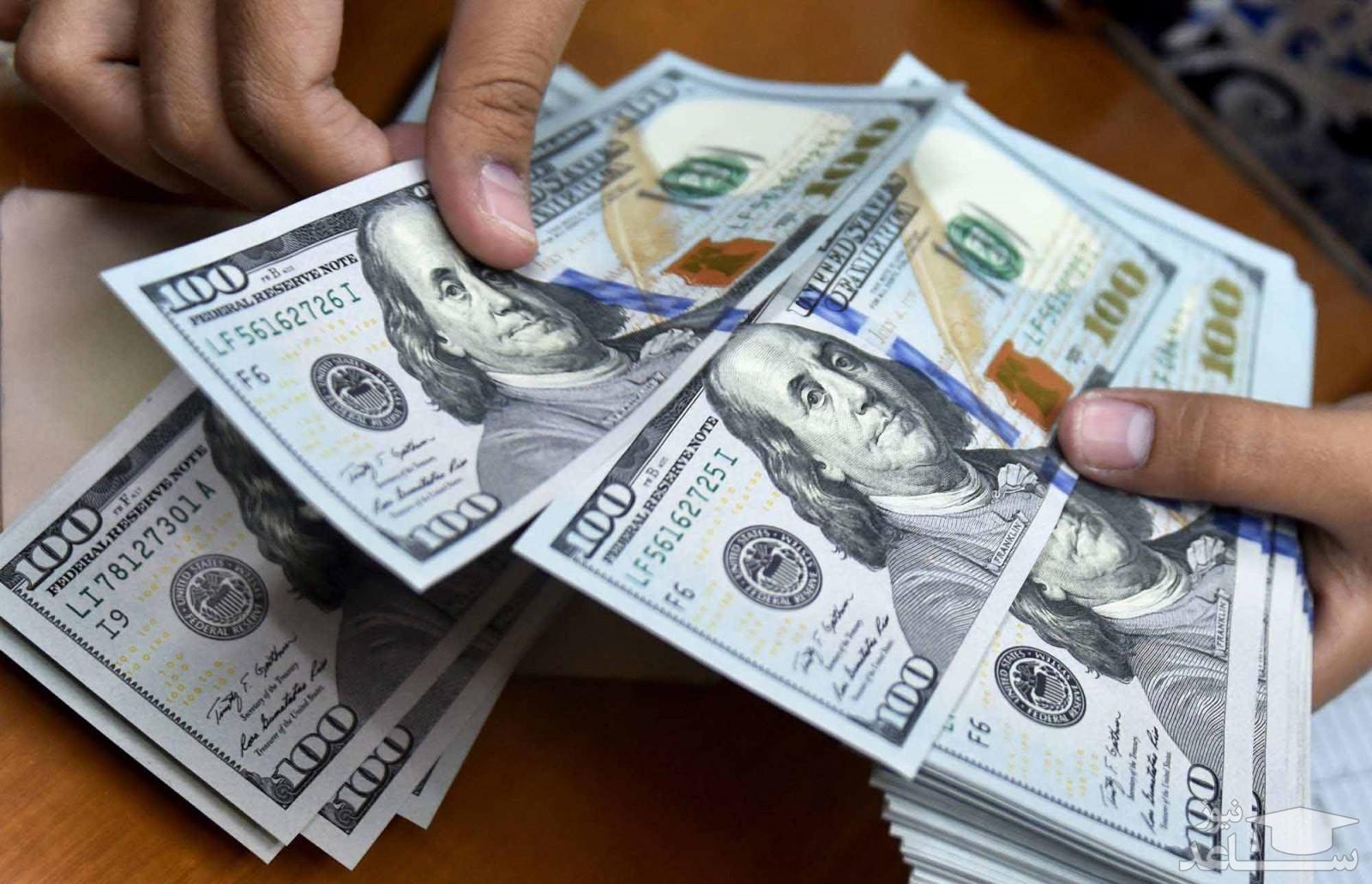 چرا قیمت دلار از ۲۷ هزار تومان عبور کرد؟