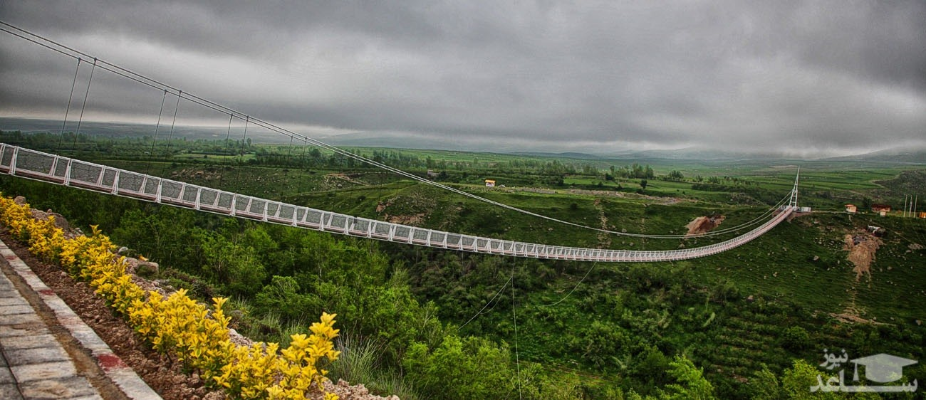 اولین پل معلق شیشهای ایران