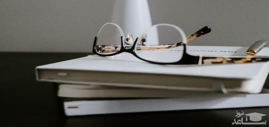 معرفی 4 رمان خودآموز با موضوعی گیرا و دلنشین درباره هستی