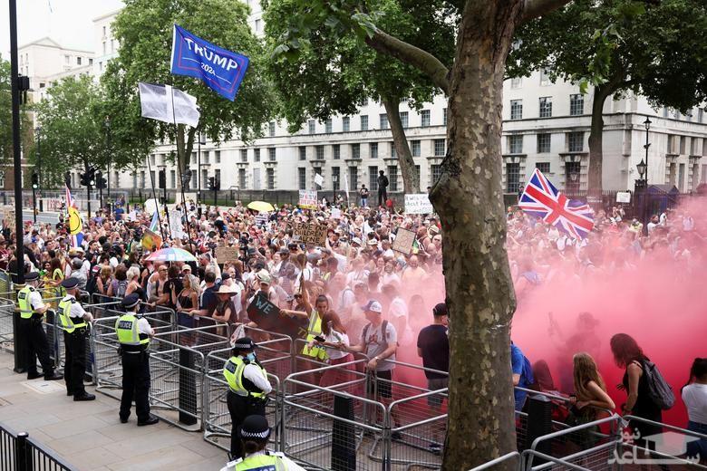 تظاهرات لندنی ها در اعتراض به ادامه محدودیت های کرونایی