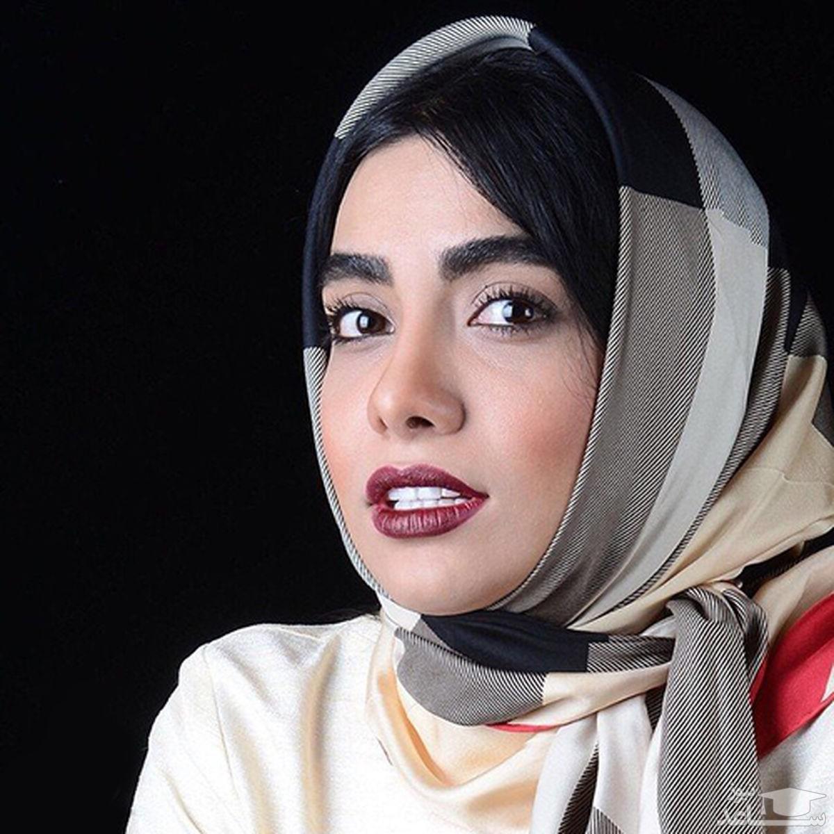 الهه فرشچی بازیگر زن ایرانی کشف حجاب کرد