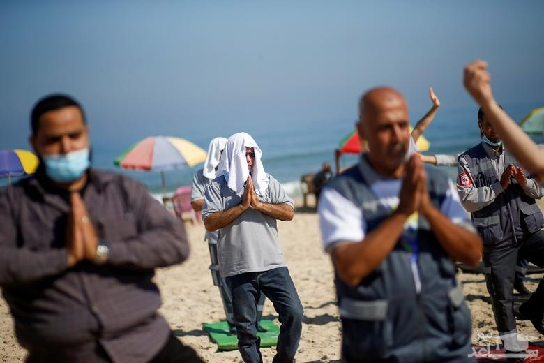 روز جهانی یوگا در ساحل نوار غزه