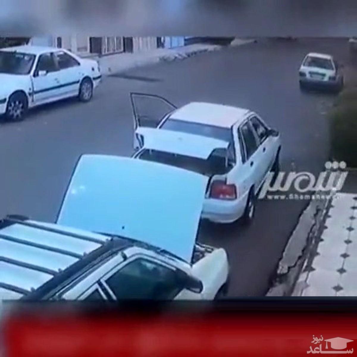 (فیلم) سرقت باتری خودرو توسط پدر و پسر خردسالش