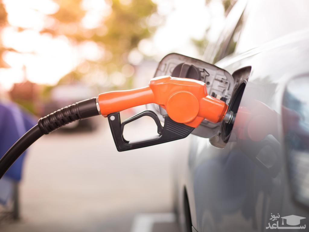 خطرات پر کردن زیاد باک بنزین
