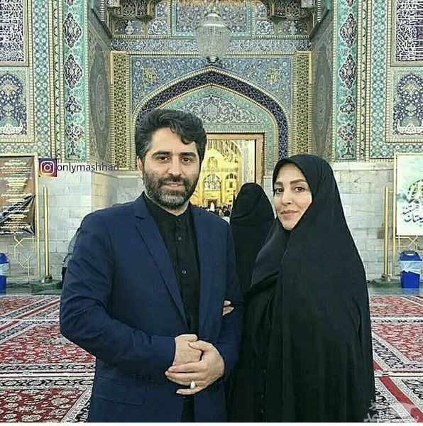 ژیلا صادقی و همسرش در زیارت