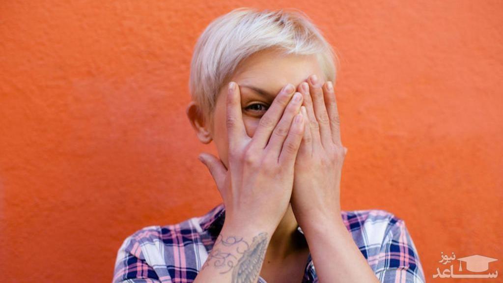 هنگام ریخته شدن اسپرم یا مایع منی در چشم چه کنیم؟