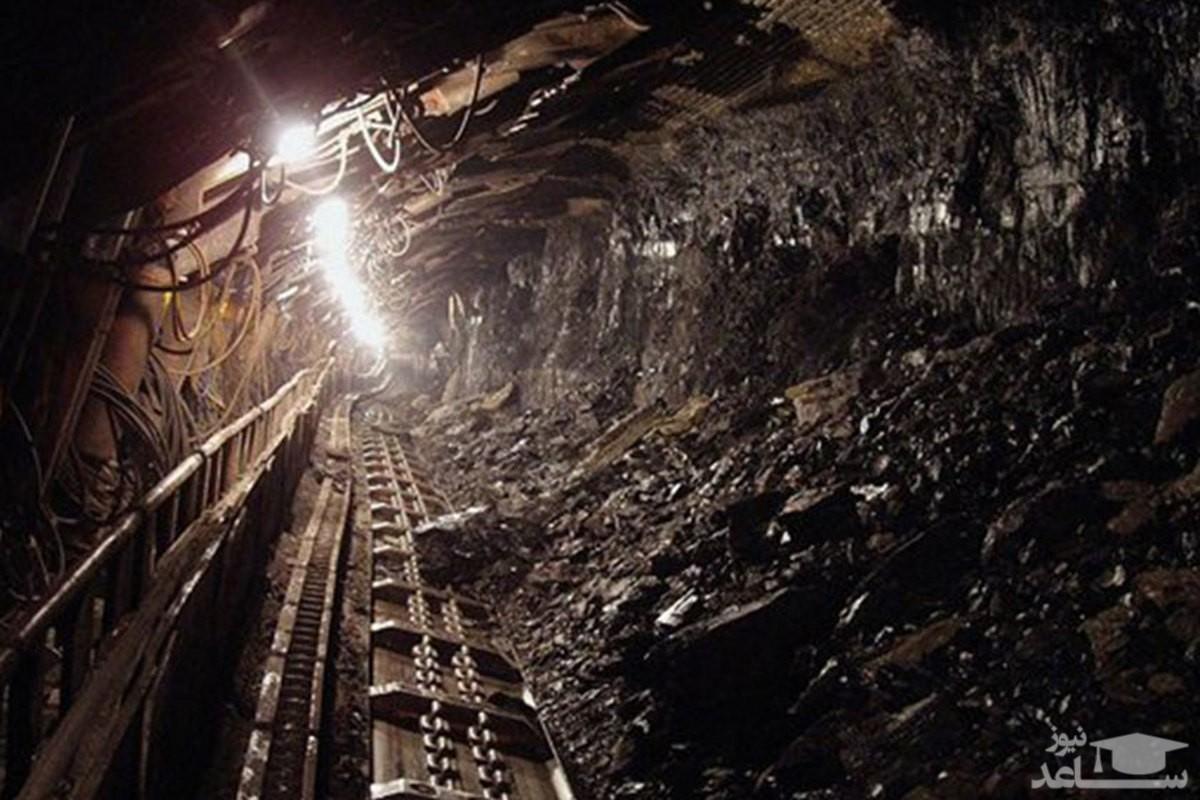 (فیلم) تلاش برای پیدا کردن ۲ کارگر حبس شده در معدن زغال سنگ