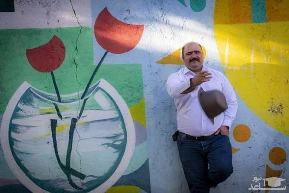 کاظم نوربخش بازیگر نقش سلمان در نون خ 3 در کنار آقای تئاتر ایران