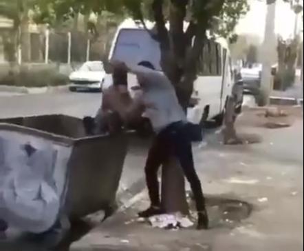 (فیلم) برخورد تحقیرآمیزِ مرد جوان با کودک کار