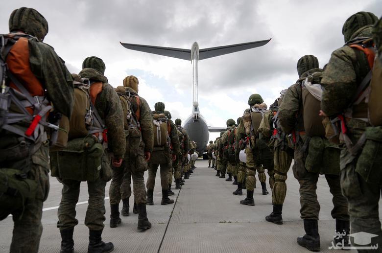 اعزام نیروهای نظامی روسیه با یک فروند هواپیمای ترابری نظامی ایلیوشین روسی به رزمایش مشترک با بلاروس/ رویترز