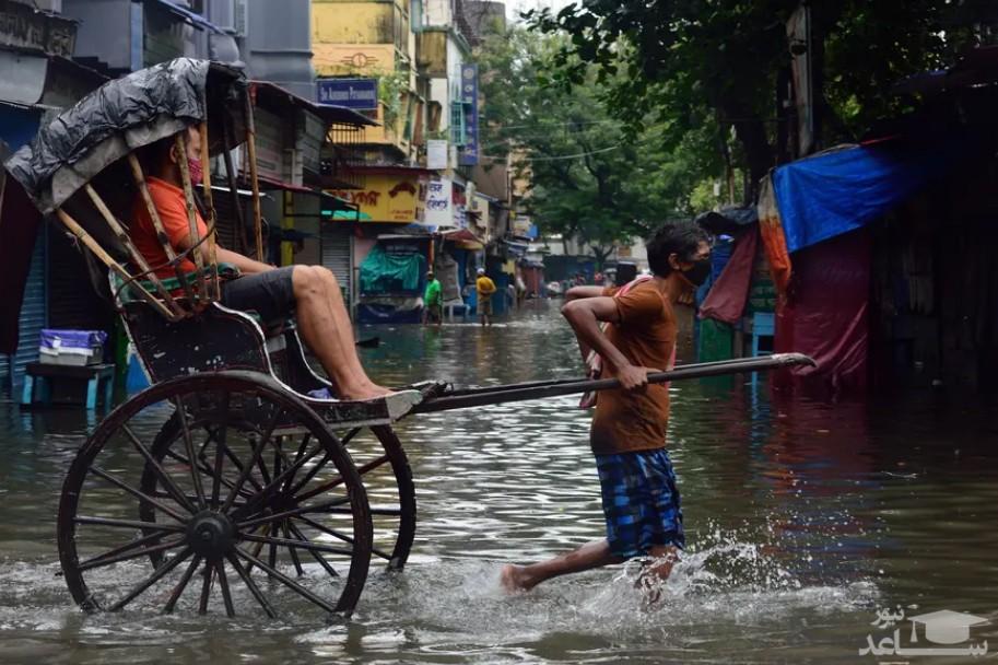 مسافرکشی در سیلاب