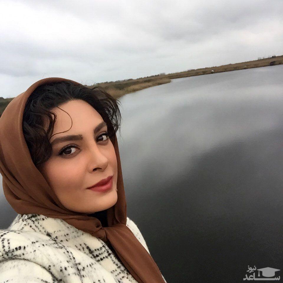 استایل خفن حدیثه تهرانی در ماشین
