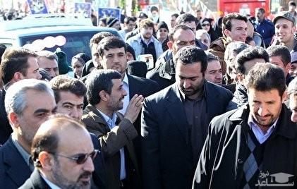حضور احمدینژاد در راهپیمایی ۲۲بهمن