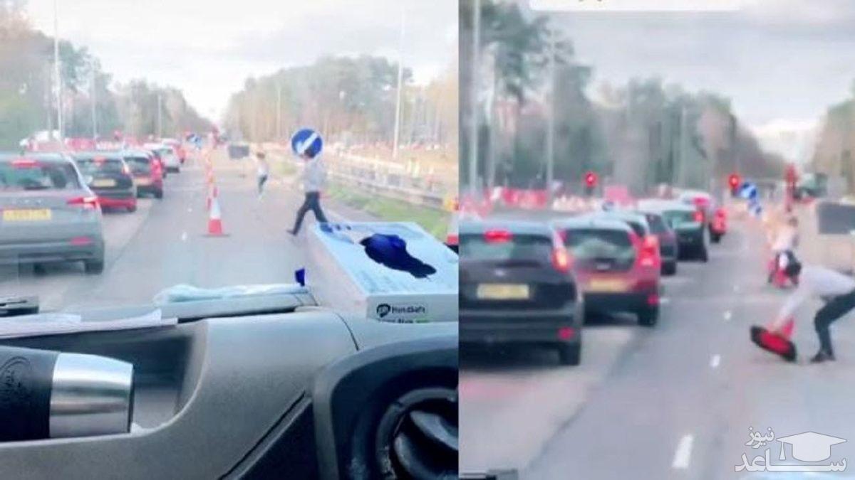 (فیلم) حرکت قابل تحسین رانندگان مقابل خودروی آمبولانس