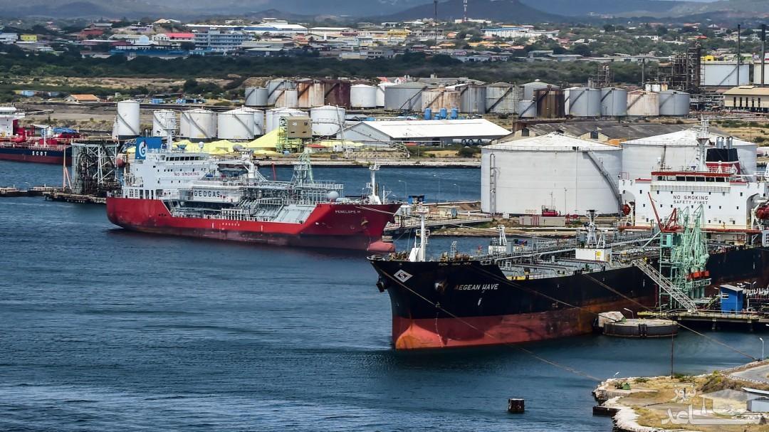 بیخبری مسئولان از توقیف کشتی ایران