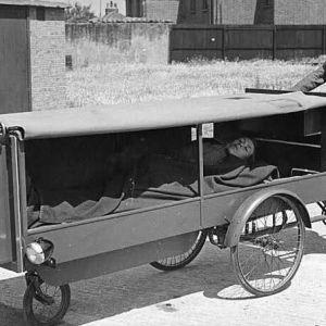 (عکس) اولین آمبولانس دنیا !