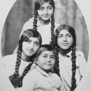 (عکس) دختران زیبای احمد شاه قاجار