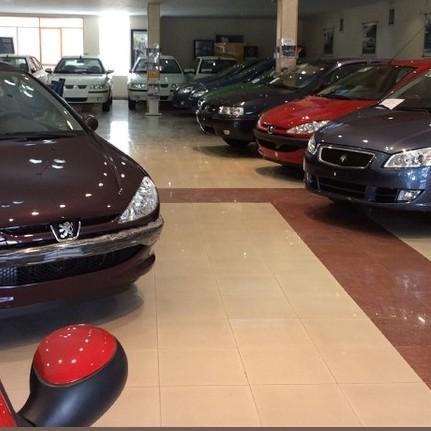 افت ۲۰ تا ۳۵ درصدی قیمت خودروهای داخلی