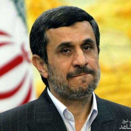 احمدینژاد به طور جدی به فروپاشی نظام فکر میکند