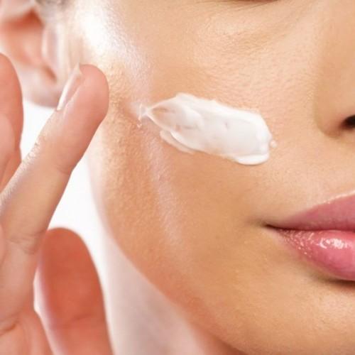 آموزش نحوهآرایش پوست چرب