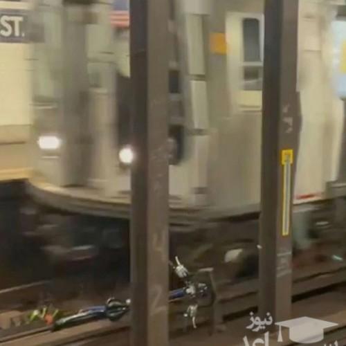 (فیلم) انفجار در مترو به دلیل انداختن دوچرخه روی ریل