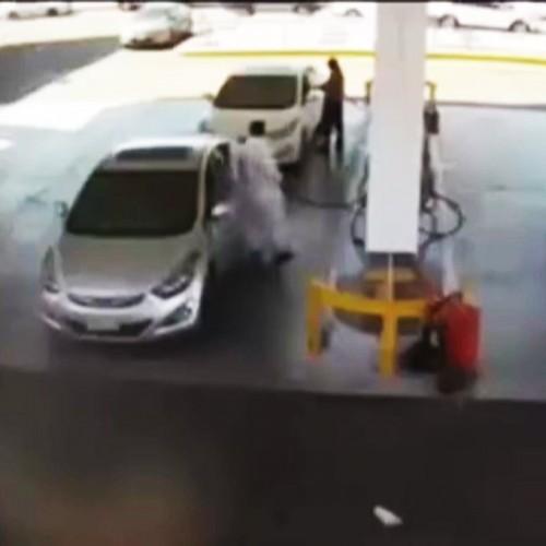 (فیلم) انفجار وحشتناک مخزن پمپ بنزین