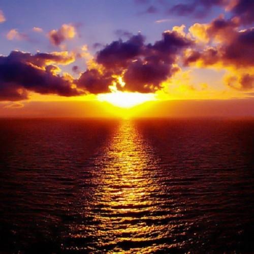 آشنایی با جشنواره خورشید نیمه شب نروژ جهانی بدون تاریکی
