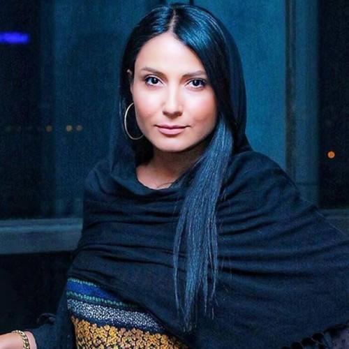استایل مدلینگ متفاوت سمیرا حسن پور در عمارتی زیبا