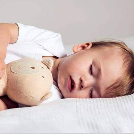 با بچه های بد خواب و شب زنده دار چه کنیم؟