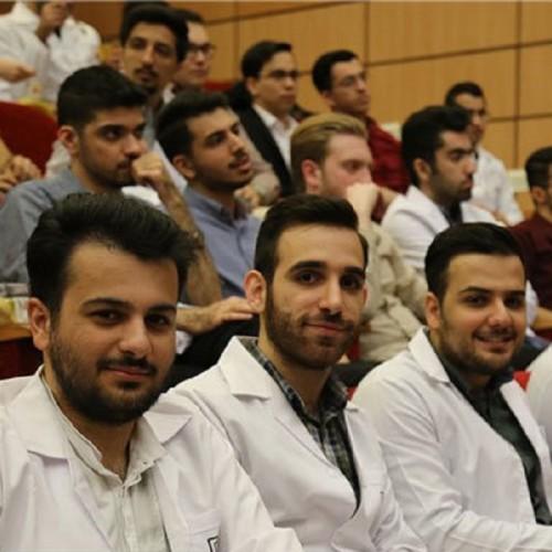 بازگشت دانشجویان علوم پزشکی ایران در سه مرحله انجام می شود