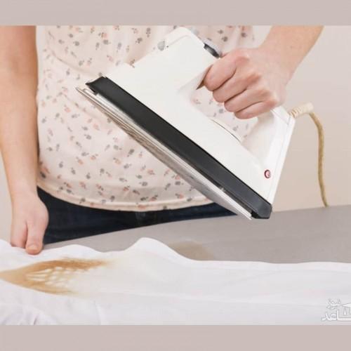 چگونه رد اتو را از روی لباس پاک کنیم؟