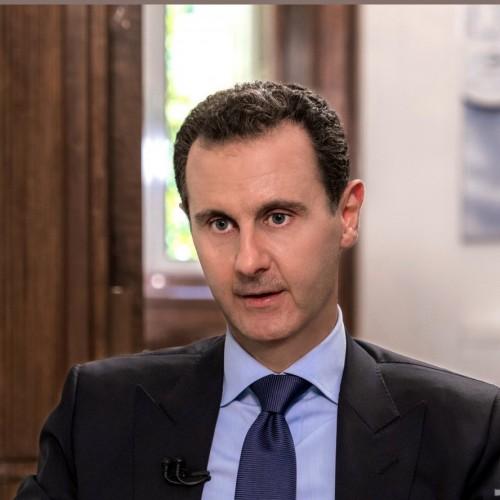 (عکس) پوشیدن یک ژاکت توسط بشار اسد جنجالی شد