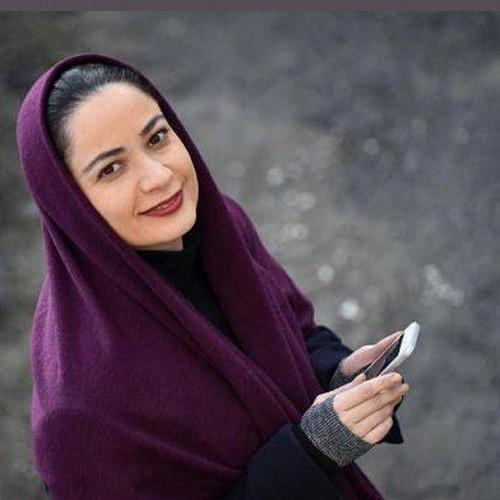 فهیمه خانم پایتخت و دخترش در ماشین