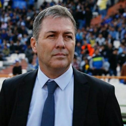 فیفا، سرمربی تیم ملی را محکوم کرد