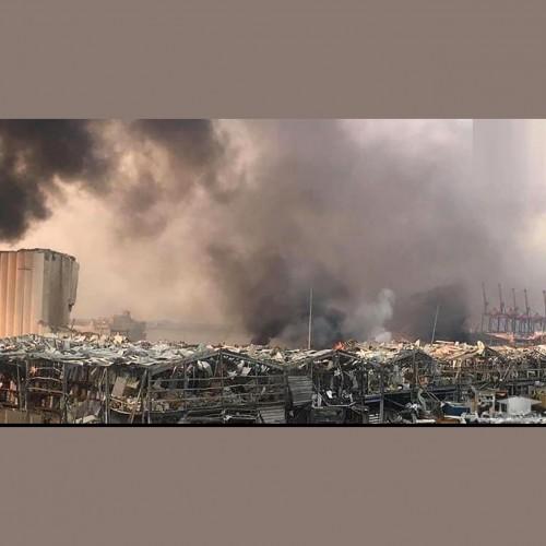 (فیلم) عروسی زوج بیروتی در صحنه انفجار وحشتناک / عروسی به عزا تبدیل شد