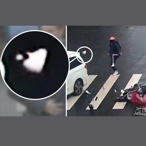 (فیلم) برخورد موتورسوار با یک خودرو در تقاطع