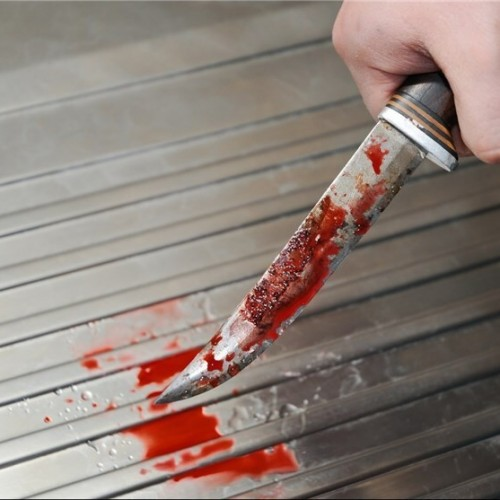 (فیلم) هنگام چاقو خوردن چه باید کرد؟