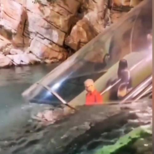 (فیلم) پله برقی جذاب برای سفر به اعماق آب
