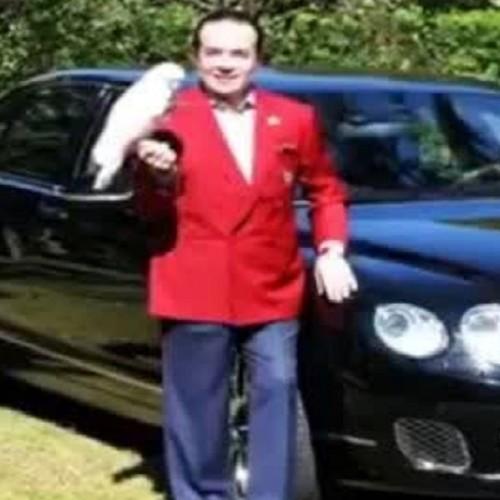(فیلم) تاجر معروف ماشین گرانقیمتش را دفن کرد
